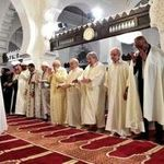 Bensalah, Bouhadja et Ouyahia accomplissent la prière de l'Aid El-Adha à la Grande