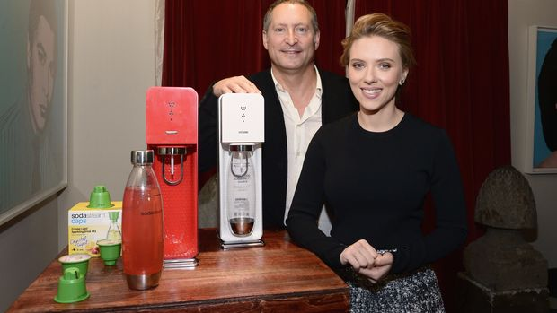 NEW YORK, NY - JANUARY 10:  SodaStream unveils Scarlett Johansson as its first-ever Global Brand Ambassador at the Gramercy Park Hotel on January 10, 2014 in New York City.  (Photo by Mike Coppola/Getty Images for SodaStream)