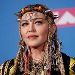 Madonna en tenue berbère aux MTV Video Music