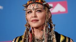 Madonna en tenue berbère aux MTV Video Music Awards