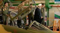Ιράν: Ο Ροχανί στο πιλοτήριο νέου μαχητικού «λοκάρει» τους Αμερικανούς