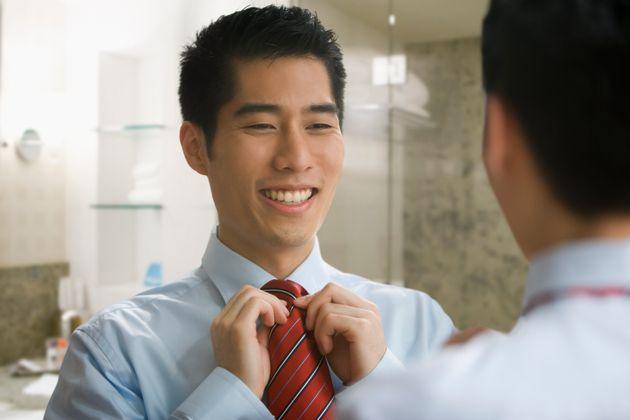 경제학자가 말하는 기혼 남성이 자신의 매력을 과대평가하는