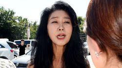 김부선이 경찰에 출석한 지 30분 만에