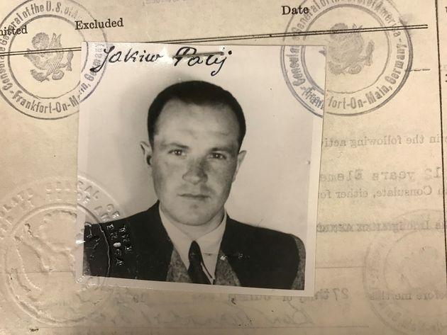 미국의 마지막 나치친위대원, 독일로