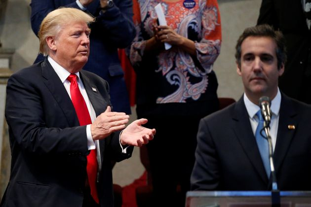 Ο Τραμπ με τον πρώην δικηγόρο...