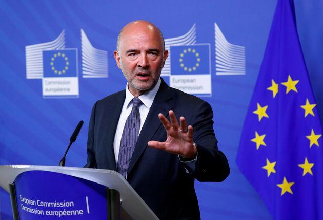Μοσκοβισί: Η Ελλάδα μπορεί να παράγει πλεονάσματα και να συνεχίσει την ανάπτυξη και το