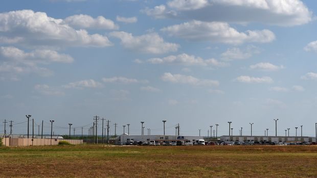 The South Texas Family Residential Center is seen in Dilley, Texas, U.S., May 15, 2018. Picture taken May 15, 2018. REUTERS/Callaghan O'Hare