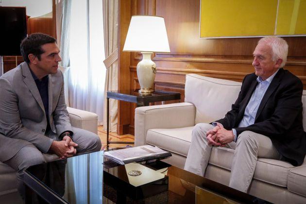 Τσίπρας και Γκόλνταμερ συμφώνησαν στην συγκρότηση επιτροπής για διερεύνηση των αιτιών της τραγωδίας στο