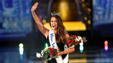 Cara Mund Reveals What It's Like To Take On The Miss America Pageant