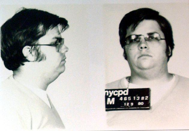 Ο δολοφόνος του Τζον Λένον παραμένει ακόμα στην φυλακή. Και οι δέκα αιτήσεις αποφυλάκισής του έχουν