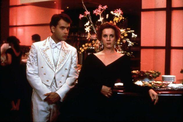 Tom Hanks and Elizabeth Perkins in