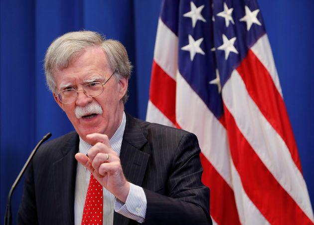 Τζον Μπόλτον: Η Ουάσινγκτον δεν θα εναντιωνόταν σε συμφωνία ανταλλαγής εδαφών μεταξύ Κοσόβου-