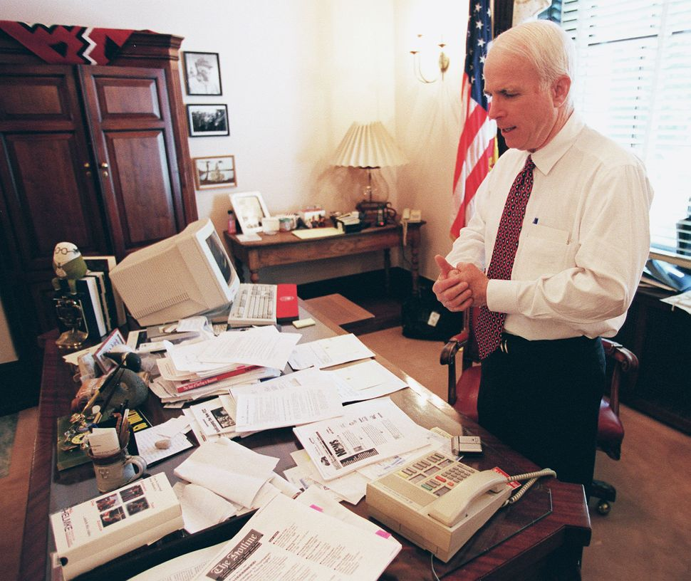 Meghan Mccain Cries During John Mccain S Arizona Service: 17 Photos To Commemorate John McCain's Life