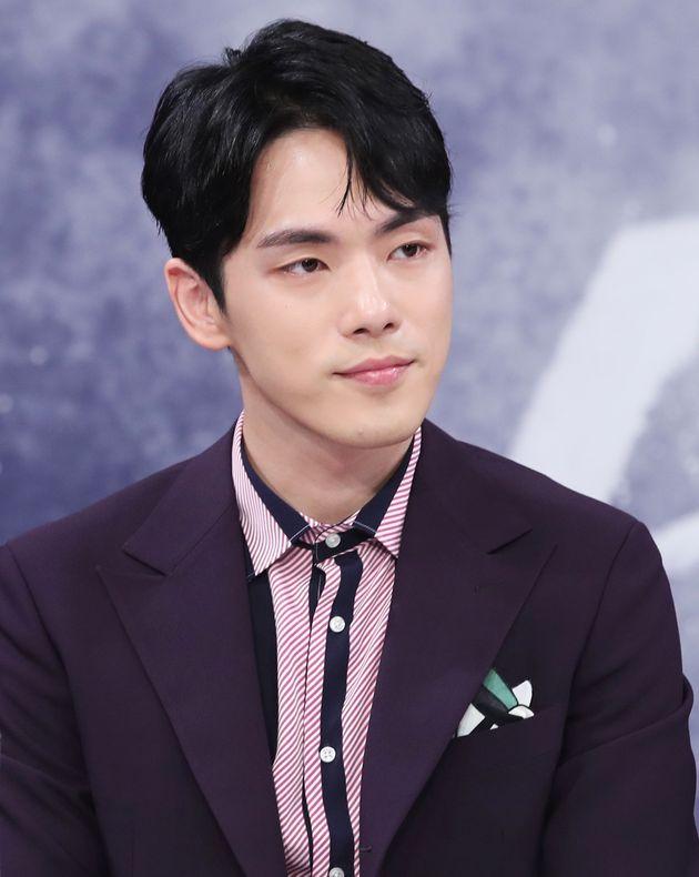 김정현이 건강 문제로 드라마 '시간'에서 중도