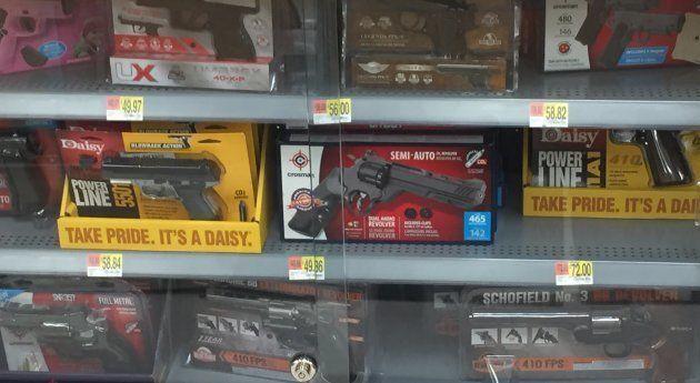 Des pistolets à air comprimé, dans un rayon de