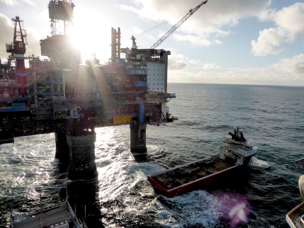 A drilling platform belonging to Norwegian oil and gas company Statoil in the sea off the shore of Norway. The country's weal