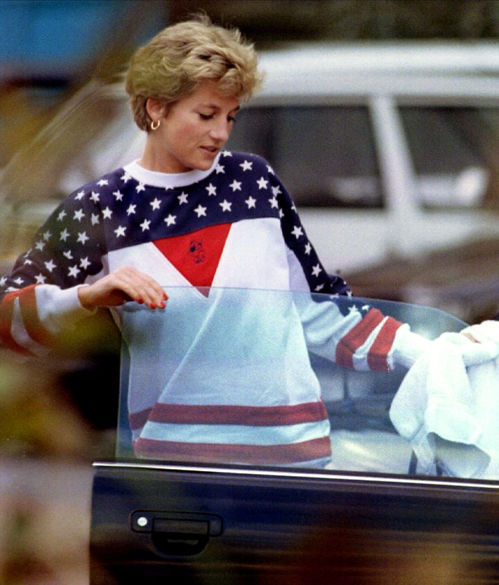 Princess Diana in yet another USA-themed sweatshirt.
