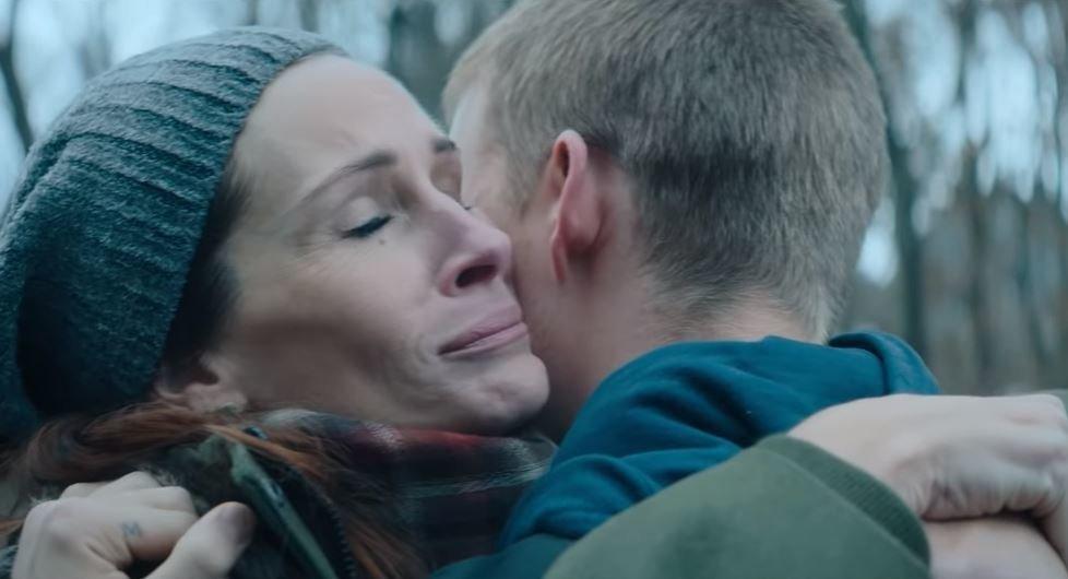 Η Τζούλια Ρόμπερτς γίνεται πιο μαμά από ποτέ στη νέα της ταινία «Ben is
