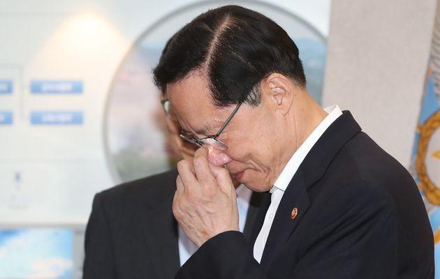송영무 국방장관이 경질될 것