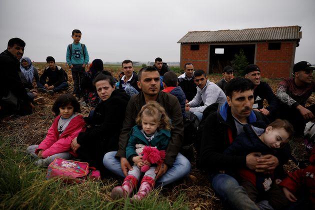 Μέλη ΜΚΟ σε ρόλο διακινητή μεταναστών: Πώς έβρισκαν τους «πελάτες»
