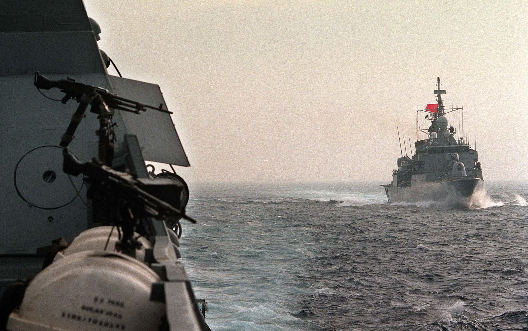 Yeni Safak: Τουρκικά σχέδια για κατασκευή ναυτικής βάσης στα