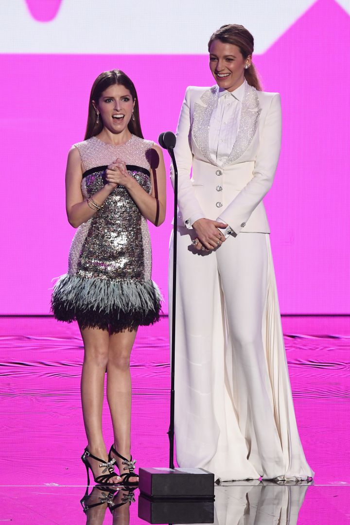 Anna Kendrick and Blake Lively onstage at the 2018 MTV Video Music Awards in New York, Aug. 20. Theyco-star in the upco