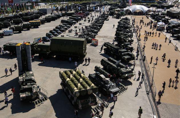 """Résultat de recherche d'images pour """"Russie, grande manœuvre militaire, russie, 2018"""""""