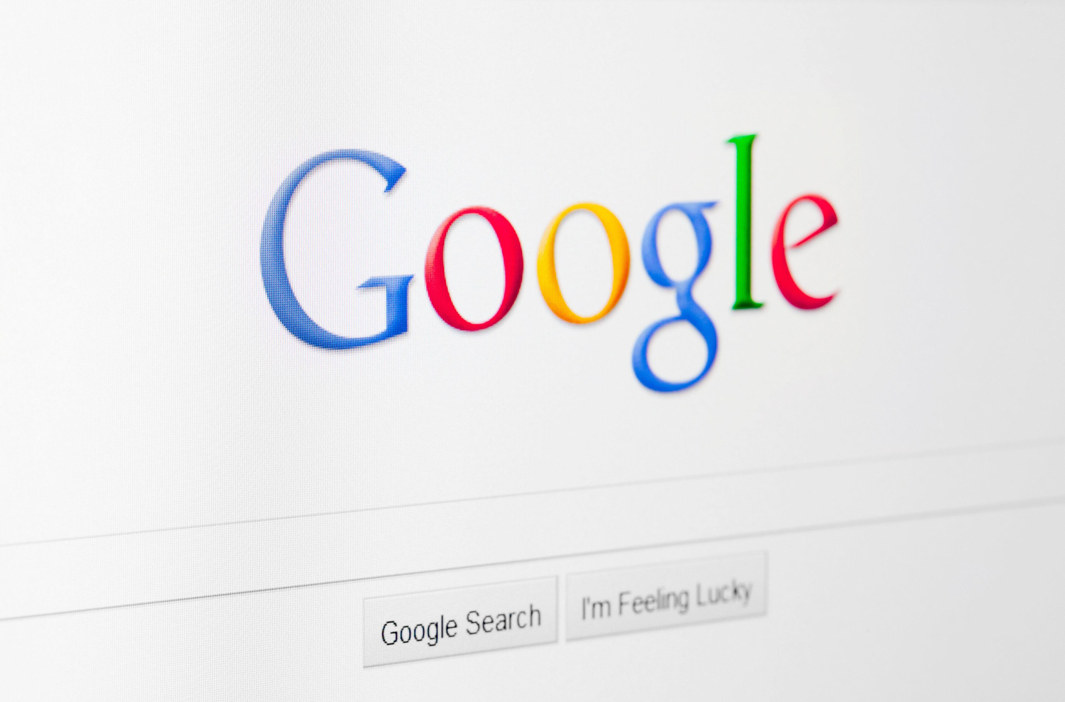트럼프, '구글이 검색결과 조작해서 가짜뉴스만