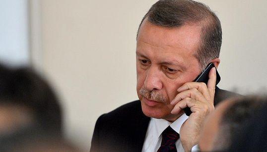 Wie die Erdogan-Regierung über geheime Whatsapp-Gruppen die Medien
