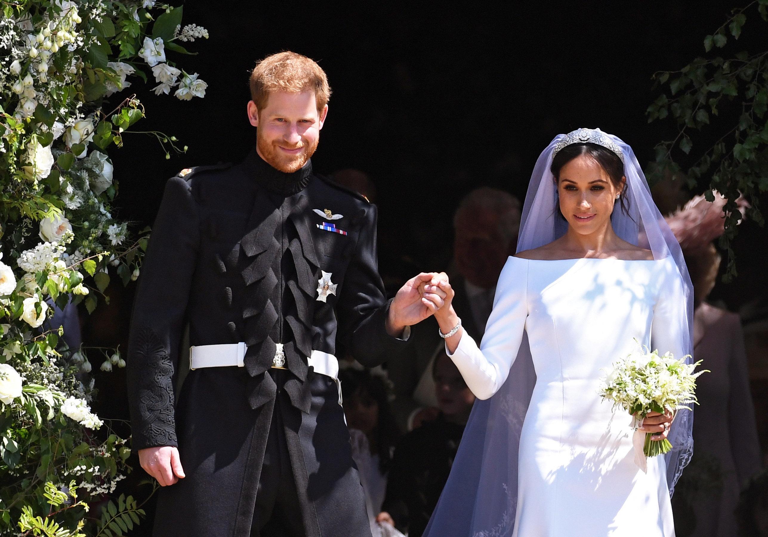 Το νυφικό της Μέγκαν και άλλα «μυστικά» του βασιλικού γάμου σε έκθεση για το