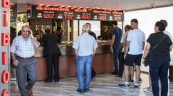 La livre turque s'enfonce après la dégradation de banques turques par