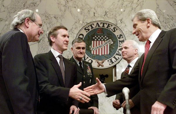 Cohen (second from left),with McCain (second from right) in 1999. They served together in the Senate, and Cohen was a g
