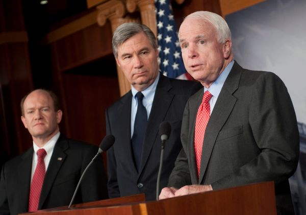 "Whitehouse (center) a Democratic senator,&nbsp;was a longtime friend of McCain&rsquo;s.&nbsp;<a href=""http://www.providencejo"