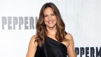 LOS ANGELES, CA - AUGUST 28:  Jennifer Garner attends the premiere of STX Entertainment's 'Peppermint' at Regal Cinemas L.A. LIVE Stadium 14 on August 28, 2018 in Los Angeles, California.  (Photo by Phillip Faraone/WireImage)