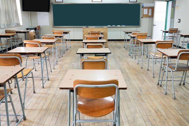 Ein Schulfotograf demütigte ein krebskrankes Mädchen, weil sie für ein Foto ihre Kappe...