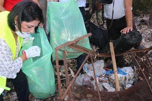 La ministre de l'environnement lance la campagne de nettoyage