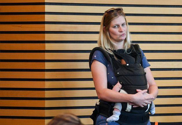 Grünen-Frau flog wegen Baby aus Landtag: Jetzt appelliert sie an ihre