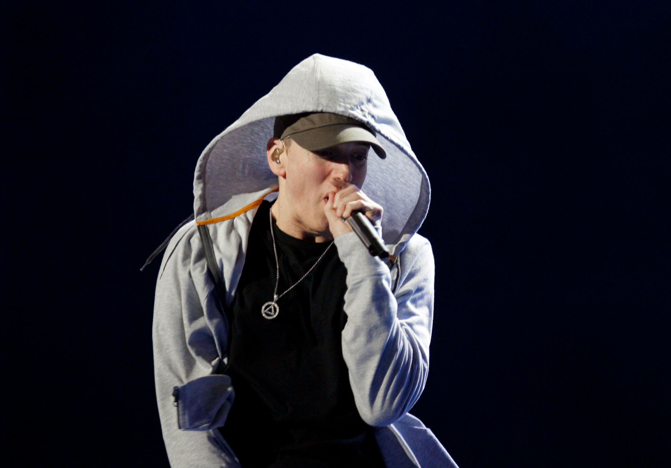 U.S. rapper Eminem performs during the Abu Dhabi F1 Grand Prix After Race closing concert at the du Arena on Yas Island November 4, 2012. REUTERS/Jumana ElHeloueh (UNITED ARAB EMIRATES - Tags: ENTERTAINMENT SPORT MOTORSPORT)
