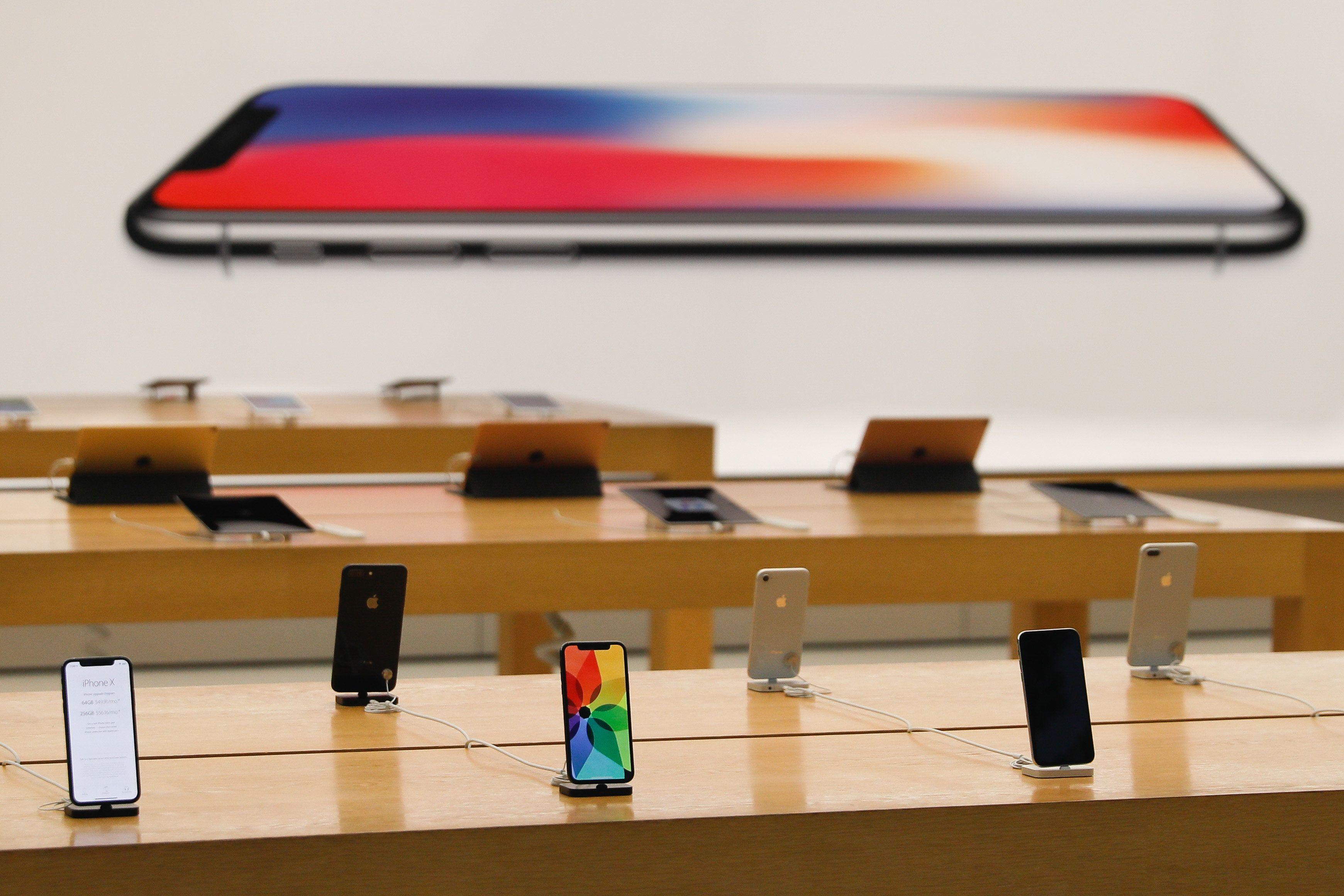 iPhone XS et Apple Watch Series 4 dévoilés en photos par une fuite, quelques jours avant la présentation