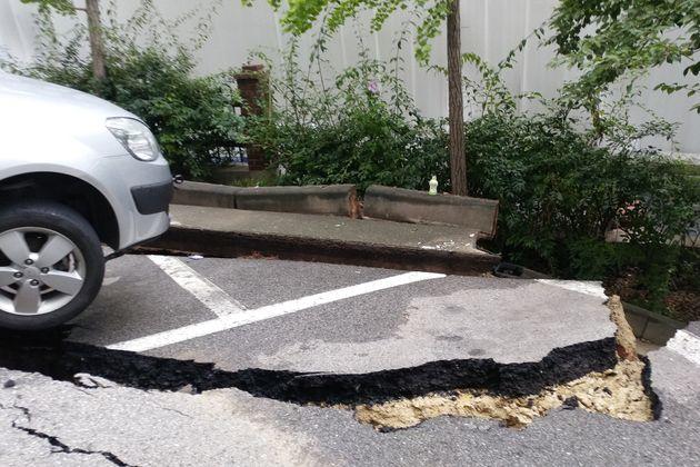 가산동 '대형 땅꺼짐' 열흘전에 균열 확인해 구청에