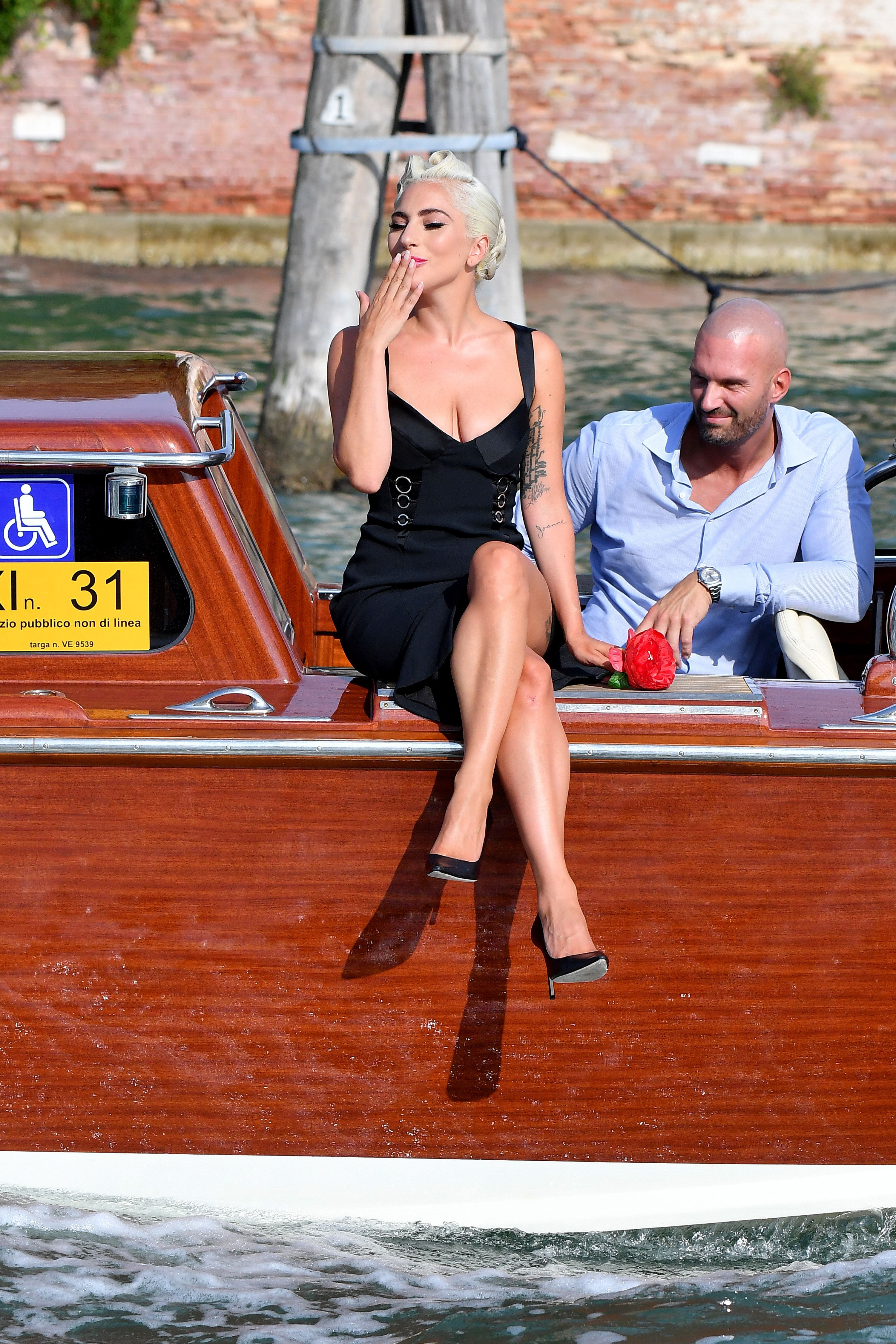 Lady Gaga Makes A Dramatic Entrance In Venice, Serving Full Glam Ahead Of 'A Star Is Born' Premiere