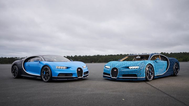 A real Bugatti Chiron (left) next to its Lego imitation (right).