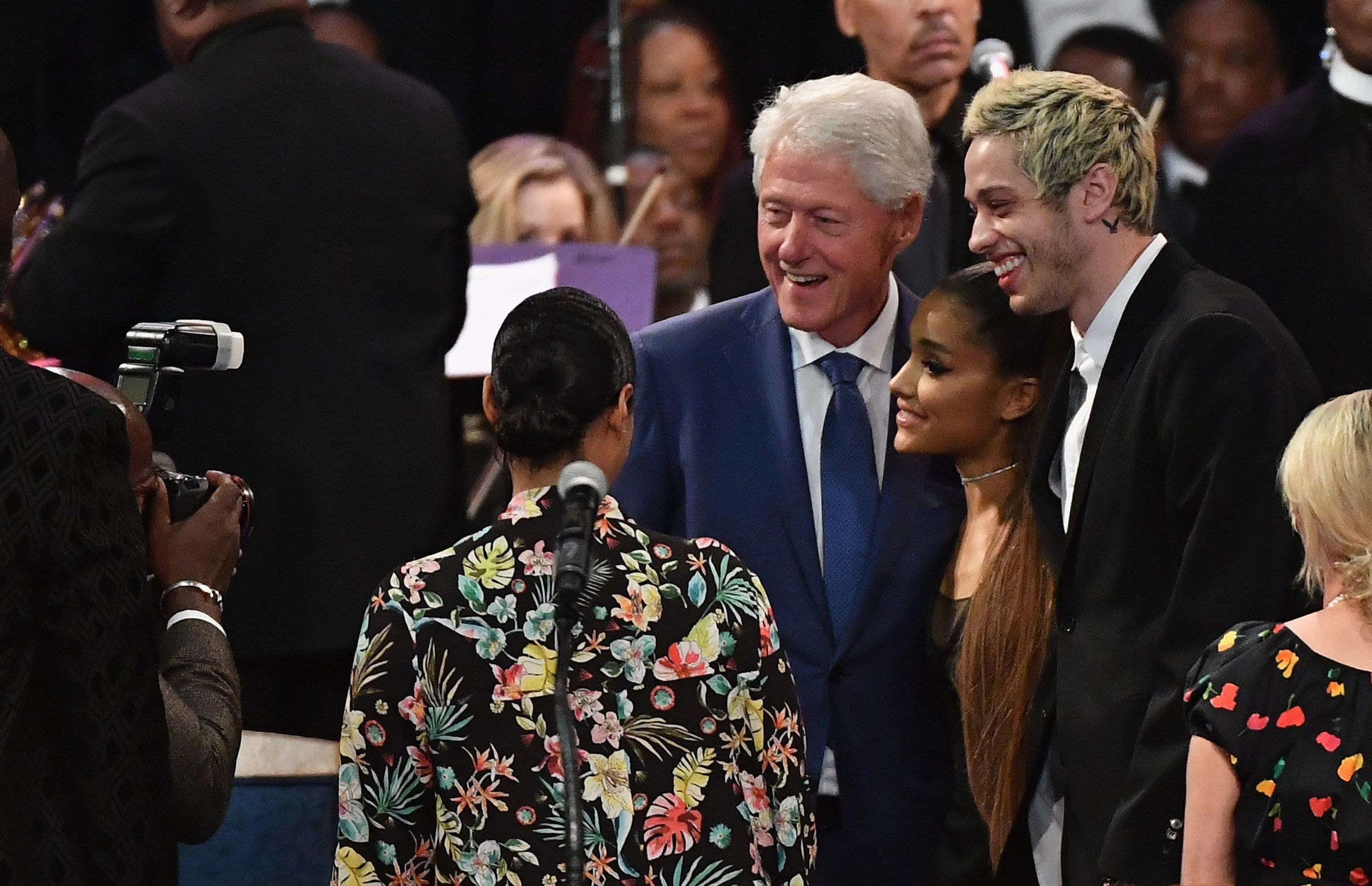 Bishop Apologises for Touching Ariana Grande Inappropriately at Aretha Franklin's Funeral