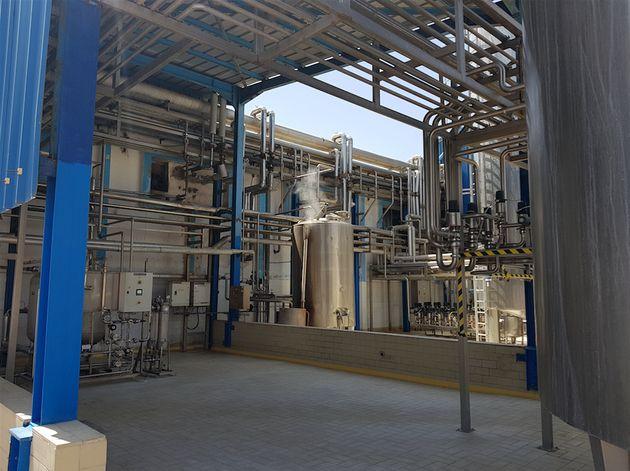 Le 'tank à lait', où est stocké le lait à 4°C à son arrivé...