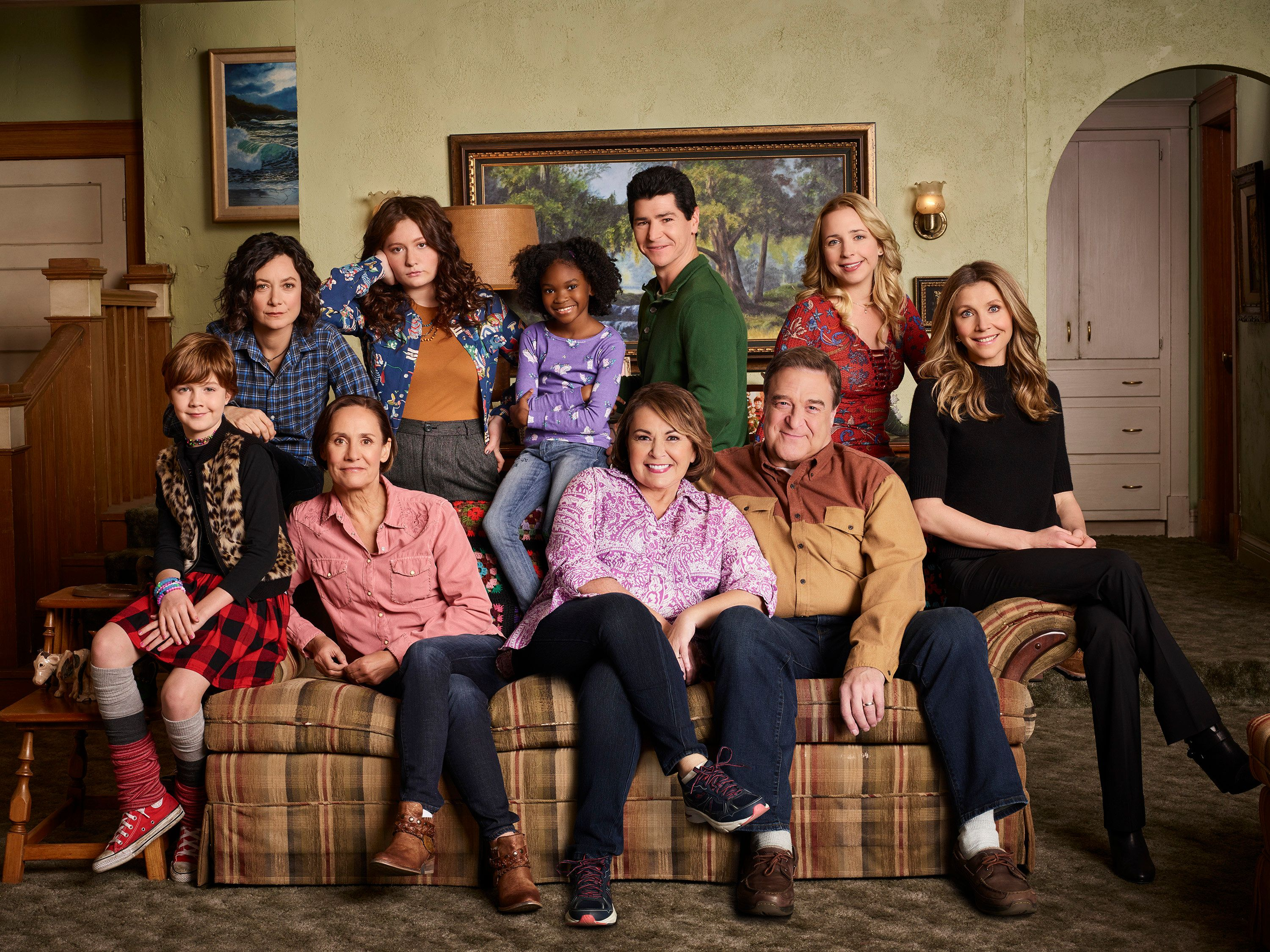 ROSEANNE - ABC's 'Roseanne' stars Ames McNamara as Mark, Sara Gilbert as Darlene Conner, Laurie Metcalf as Jackie Harris, Emma Kenney as Harris Conner, Jayden Rey as Mary, Roseanne Barr as Roseanne Conner, Michael Fishman as D.J. Conner, John Goodman as Dan Conner, Lecy Goranson as Becky Conner, and Sarah Chalke as Andrea. (Robert Trachtenberg/ABC via Getty Images)