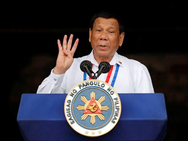 필리핀 두테르테 대통령이 '농담'이랍시고 '성폭행과 여성의 외모'에 대해 한