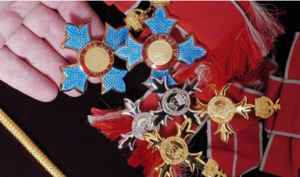 UK Tax Avoiders Blocked From Receiving Honours By HM Revenue &