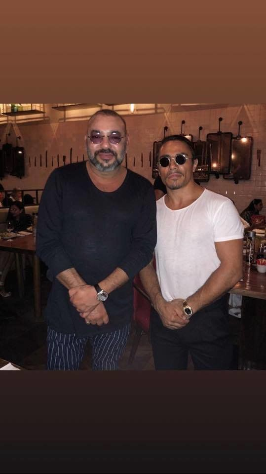 "Le roi Mohammed VI rencontre ""Salt Bae"" a Dubaï"