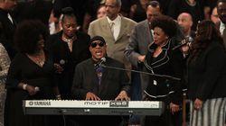 Le magnifique hommage de Stevie Wonder aux obsèques d'Aretha Franklin (et sa jolie pique contre