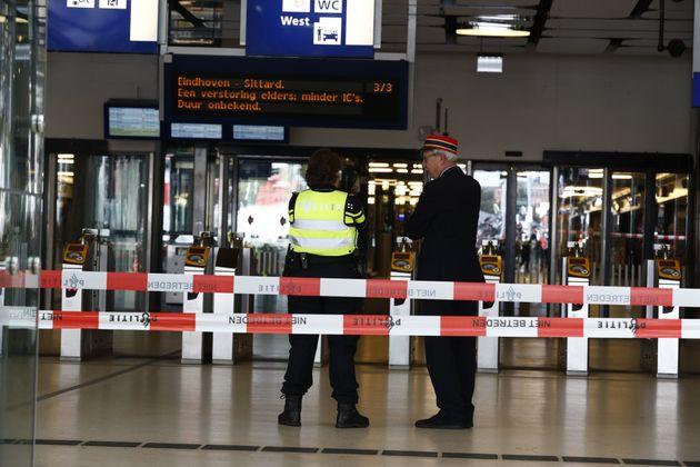 Attaque d'Amsterdam: deux Américains blessés, piste terroriste
